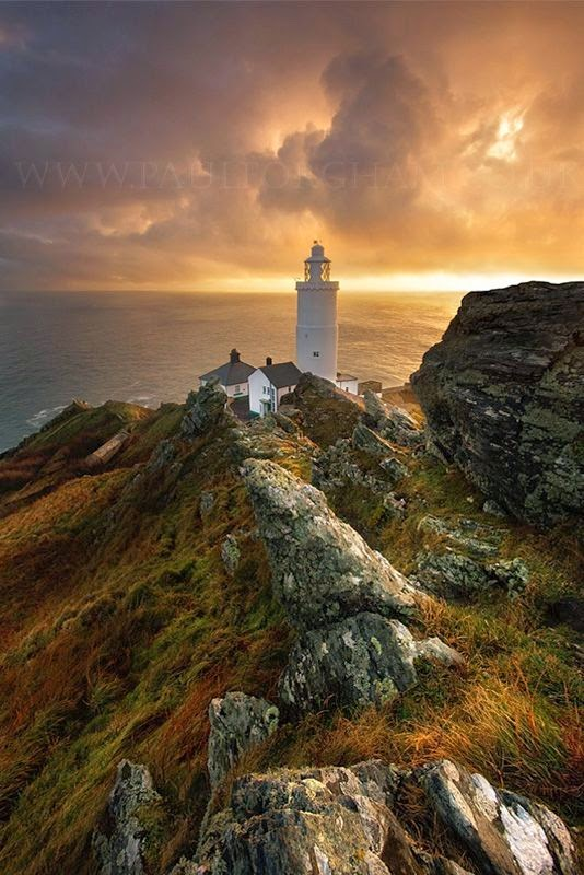 Beautiful Lighthouses around the World - Start Point Lighthouse, England