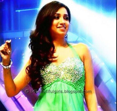 Shreya Ghoshal Sexy Pictures