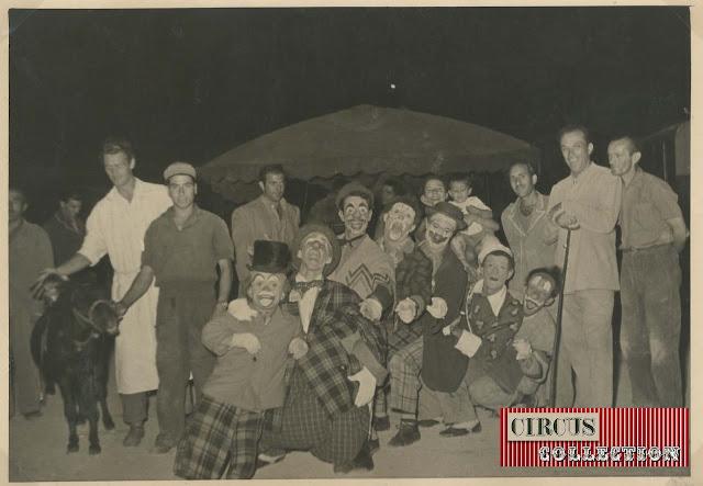 Les clowns et les nains du Cirque  Darix Togni 1954