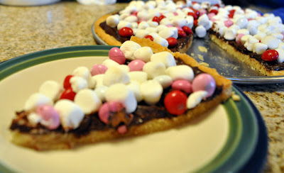 Candy pizza cookie
