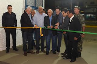 http://vnoticia.com.br/noticia/2914-abertura-da-expoagro-de-campos-reune-autoridades-no-parque-de-exposicoes-da-frc