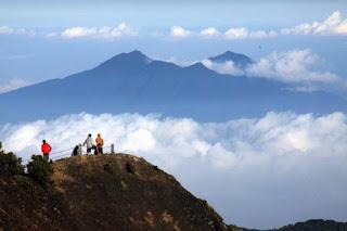 Jalur Pendakian Gunung Gede Via Gunung Putri