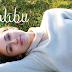 """Assista a versão acústica de """"Malibu"""", novo single de Miley Cyrus"""