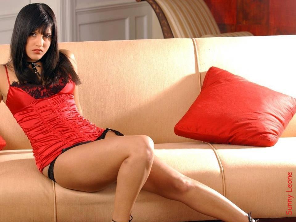 Sunny Leone thunder thighs, Sunny Leone sexy legs, Sunny Leone hot legs, Sunny Leone in red hot dress, Sunny Leone in tight dress, Sunny Leone hottest hd wallpaper