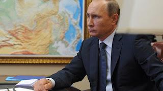 Συγκλονιστικό: Ο Πούτιν είναι... ΑΘΑΝΑΤΟΣ; Δείτε τις φωτογραφίες που το αποδεικνύουν... [photos]