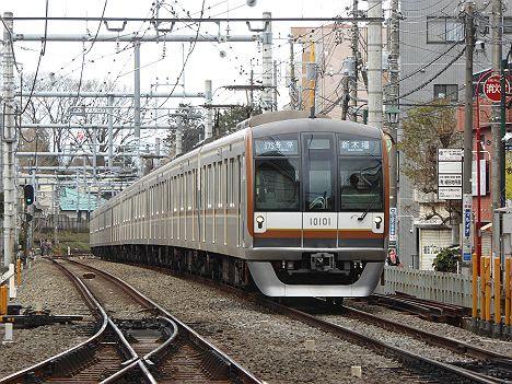東京メトロ有楽町線 各停 新木場行き4 10000系FCLED