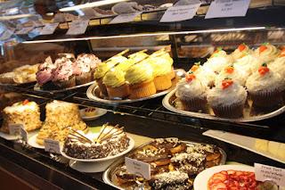 Harga Kue Holland Bakery Semua Kemasan dan All Varian Lengkap