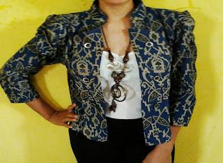 Model Baju Batik Wanita Modern Untuk Kerja