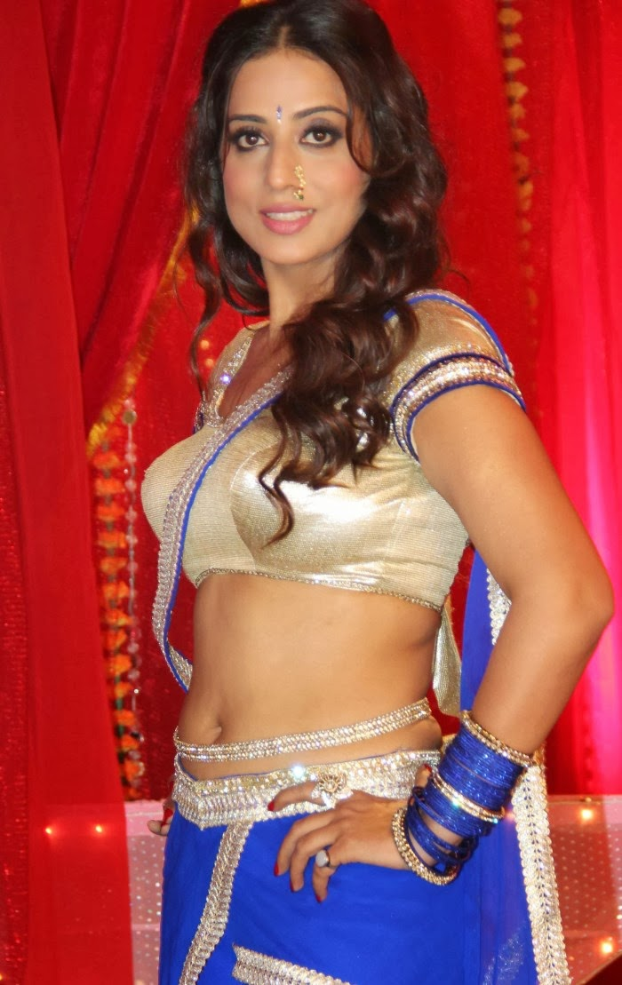 Tamilcinestuff   Mahie Gill Hot Photos At Gang Of Ghosts -9279