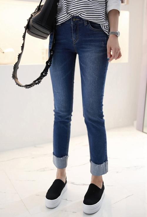 Roll-Up Hem Stretch Jeans