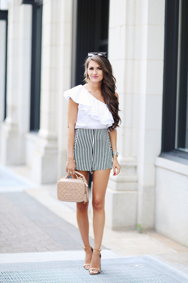 Summer outfit - striped shorts