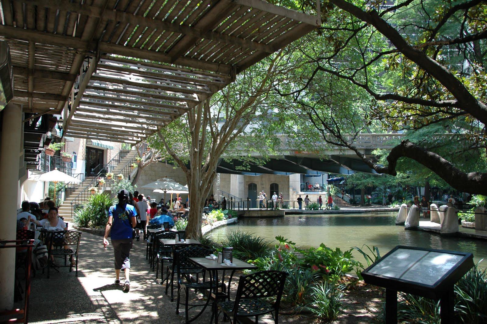 Whatvlthinks San Antonio River Walk San Antonio Tx