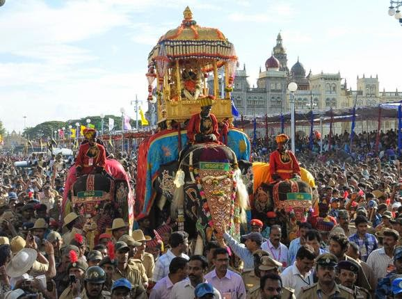 Travel Diary of The Traditions of Mysore Dasara