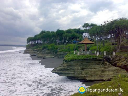 Gambar Pantai Batuhiu