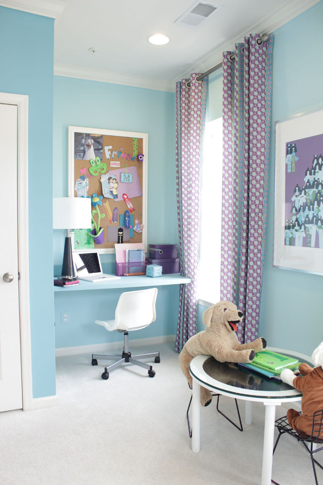take advantage of room nooks that you can convert easily to working spaces