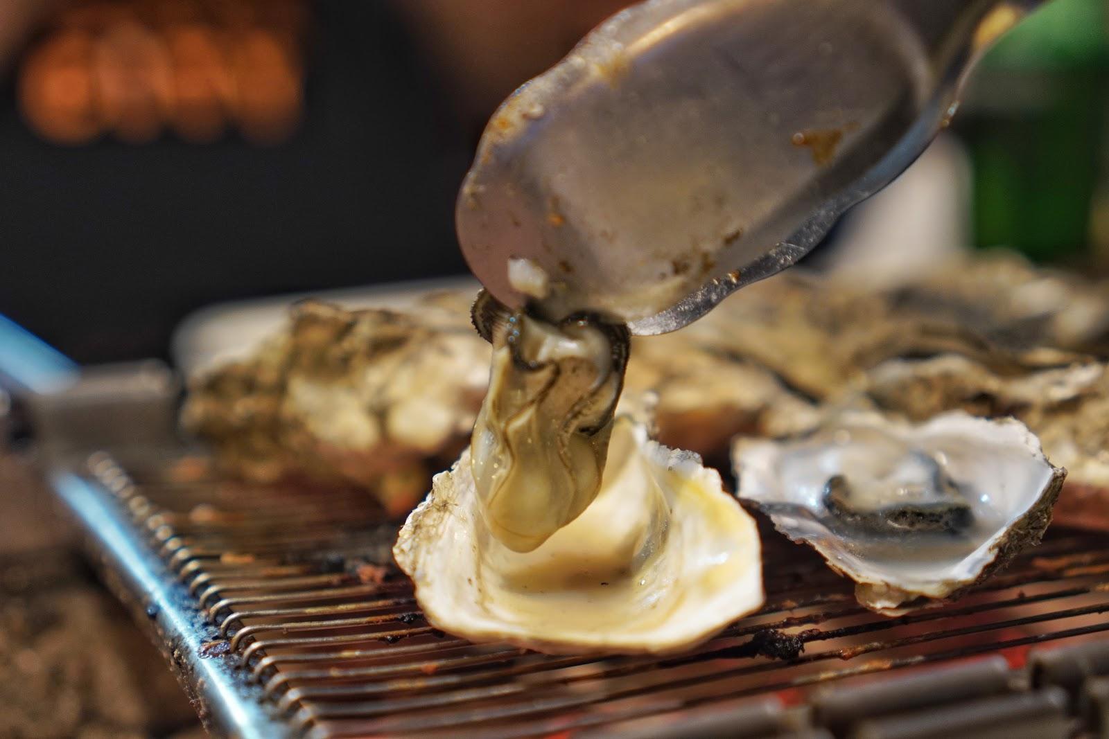 台南安平區美食【請上桌國際港灣】肥美牡蠣