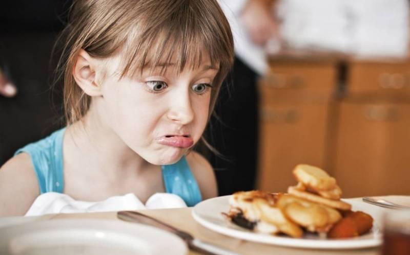 Tips dan trik cara mengajari anak susah makan, Begini Cara Mengatasi Anak Susah Makan Ampuh dan Mudah!, solusi ampuh mengatasi anak susah makan