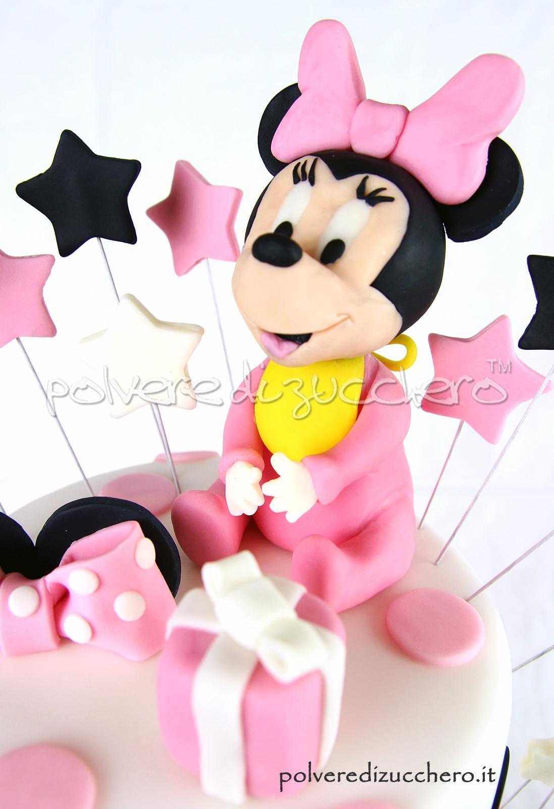 torta decorata pasta di zucchero cake design torta a piani bimba compleanno Minnie polvere di zucchero mInnie cake