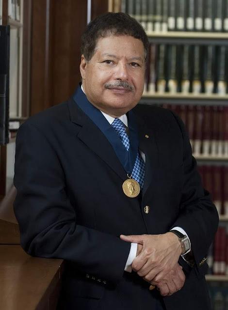 العالم المصري أحمدزويل