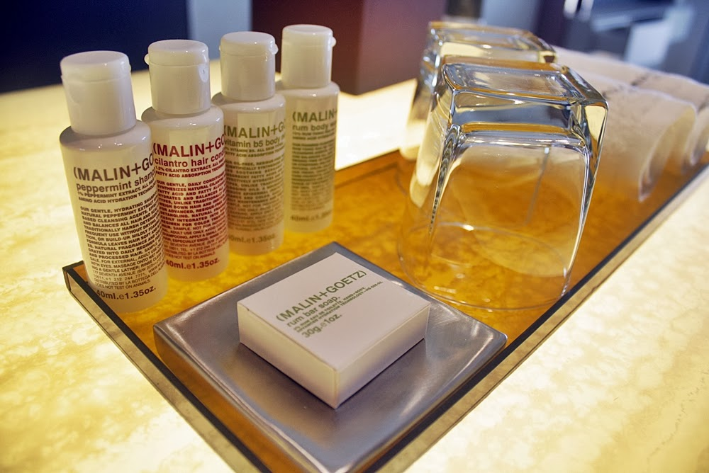 HOTEL REVIEW, TRAVEL, GROOMING AT NAUMI LUXURY BOUTIQUE HOTEL SINGAPORE