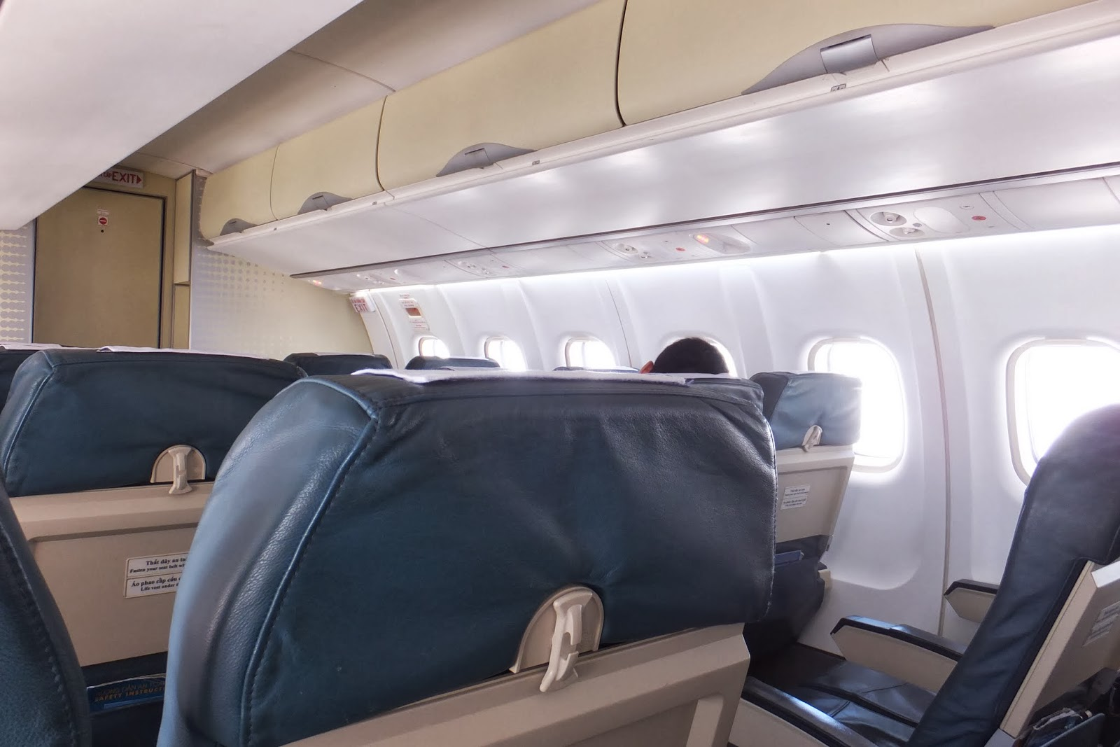 ATR72-inside 機内の様子