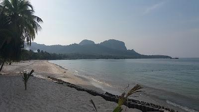 Foto van het strand van het eiland Ko Mook
