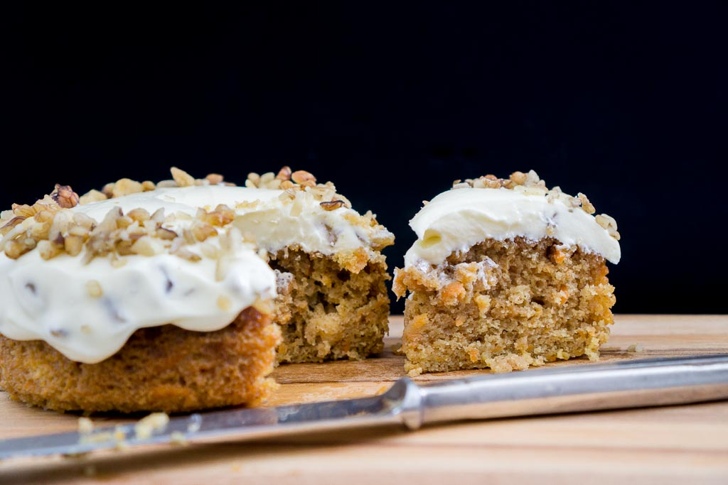 how to make carrot cake at home
