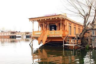 Houseboat Ambassador