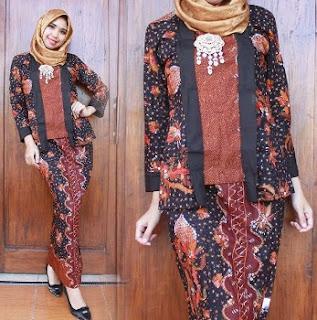 Model kebaya batik wanita muslim terbaru