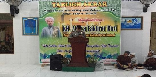 Tablig Akbar di Masjid Jami Al Muttaqin Desa Peniti Sekadau Hilir