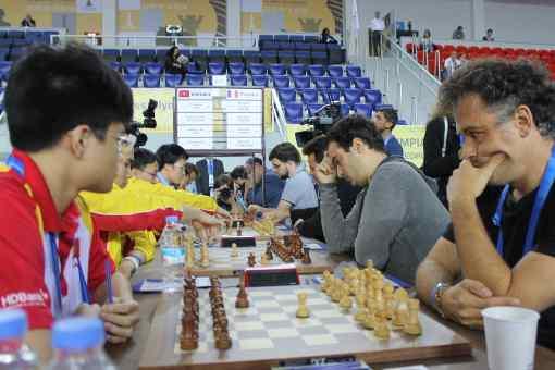 Lors de la ronde 4, la France, emmenée par son leader Maxime Vachier-Lagrave (2780 Elo), a remporté son match contre le Vietnam sur le score de 2.5 à 1.5 - Photo © Chess & Strategy