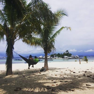foto pantai tanjung kelayang bangka belitung