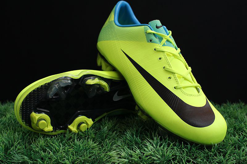 detailed pictures picked up big discount The World is Mine: Zapatos de Fútbol