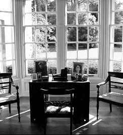 téli kerti ablak, bútor