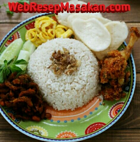 nasi uduk magic com resep nasi uduk magic com, cara membuat nasi uduk magic com,