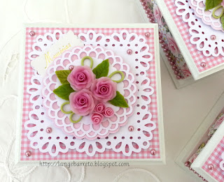 Caixa MDF - Flores porcelana fria