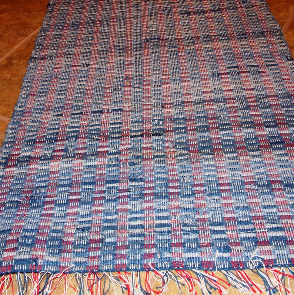 WEAVING FOR FUN: Another Rug
