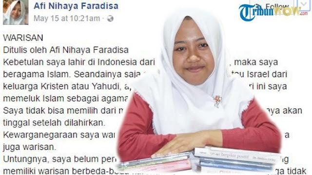 Afi Penulis Inspiratif ini Juga mendapat Cap Liberal, Sekuler dan Anti Islam Oleh Sumbu Pendek