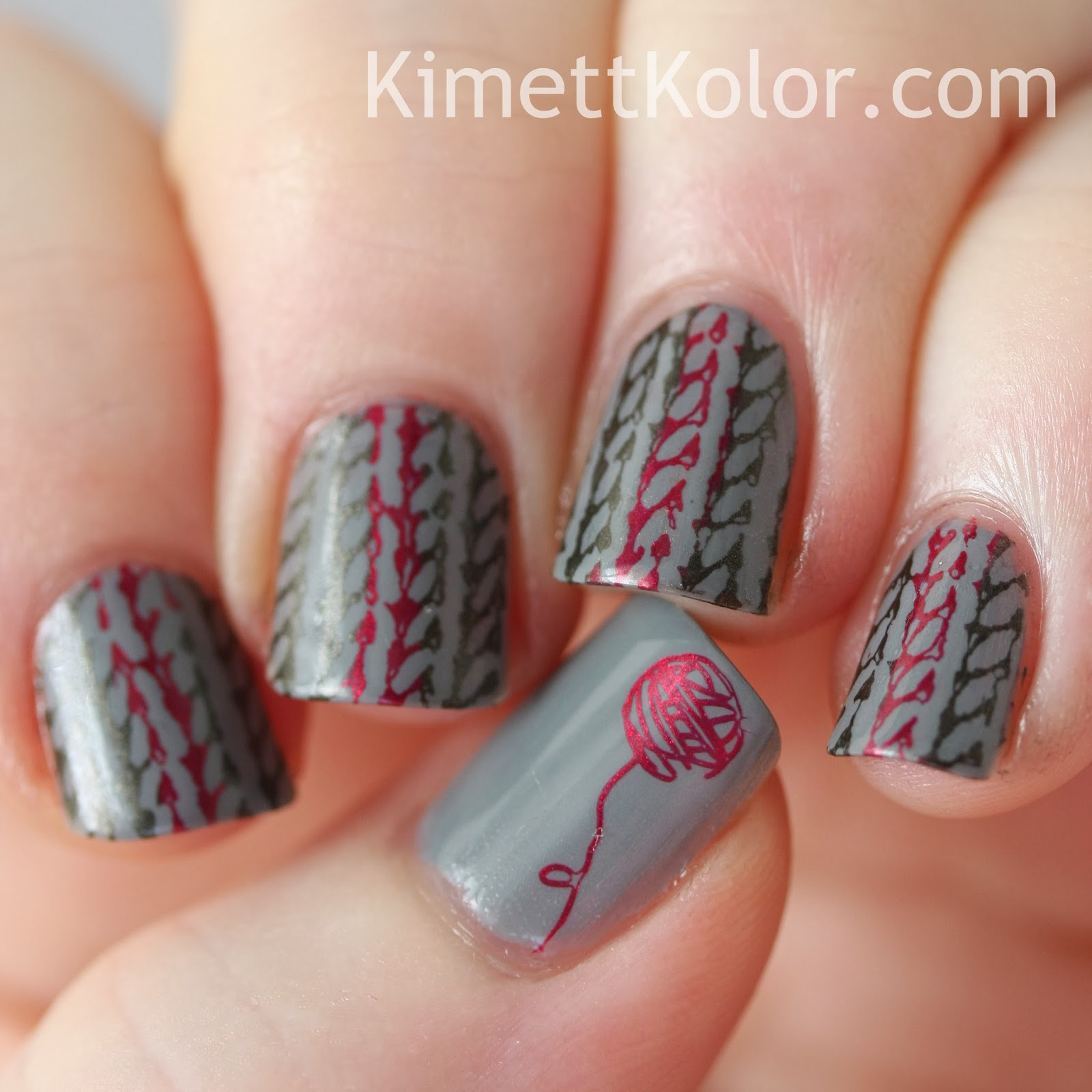 sweater nail art for winter