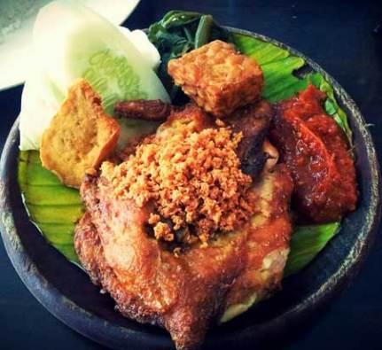 Resep Pecel Ayam Panggang Gurih Sukabumi