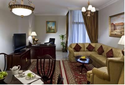 فندق جلوريا