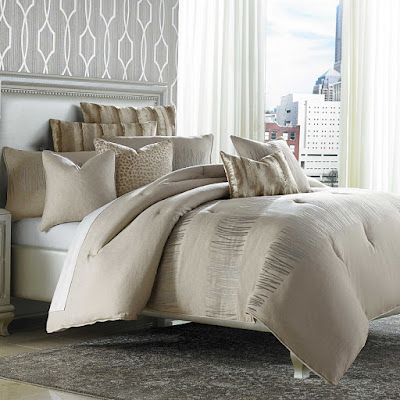 Michael Amini Captiva Bedding