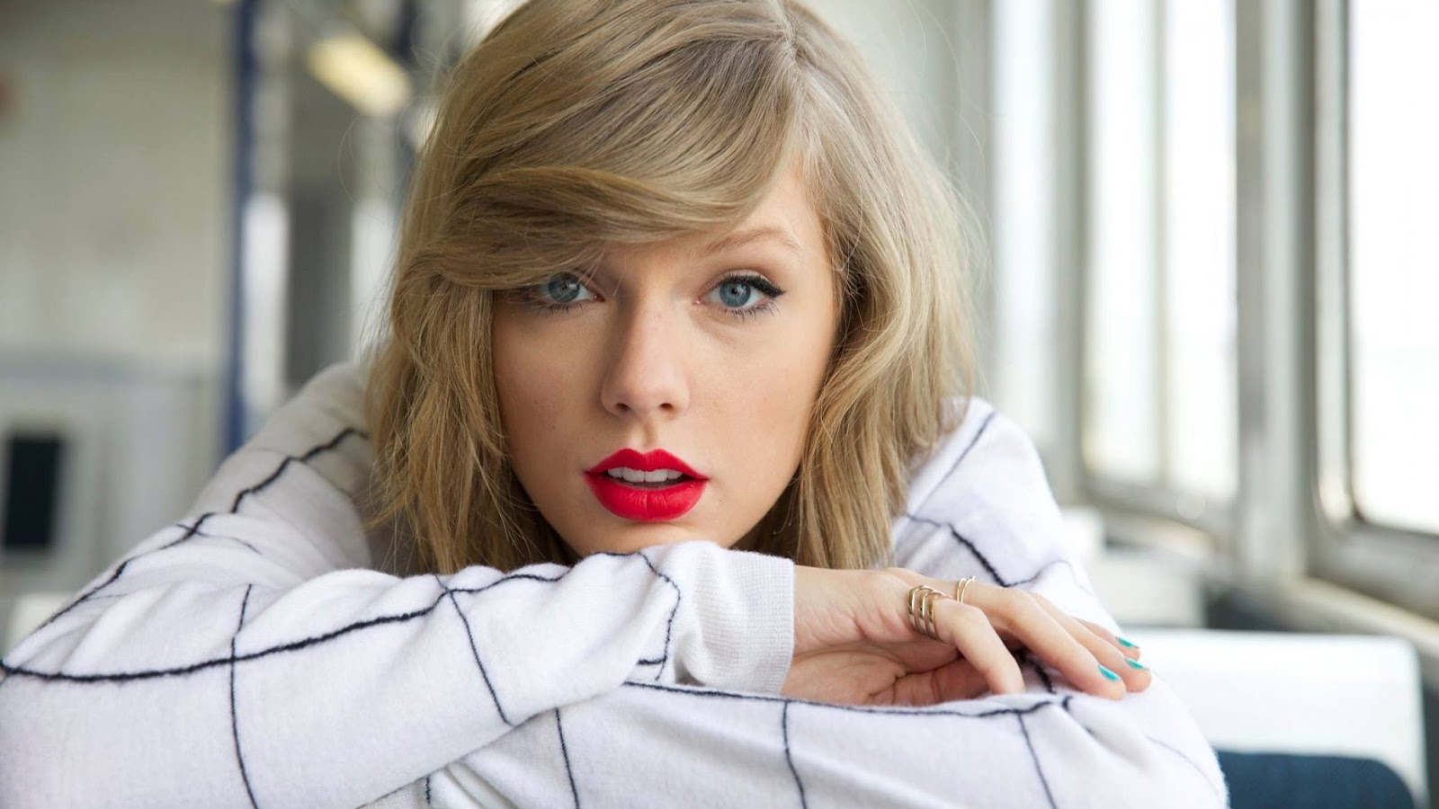 gorgeous taylor swift hd wallpaper & pics