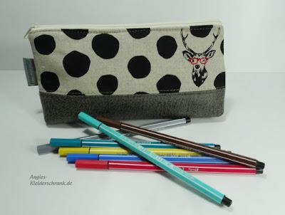 Stiftmäppchen, Angies Kleiderschrank