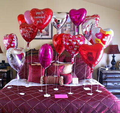 Romantic home and bedroom decoration valentines day ideas with baloons