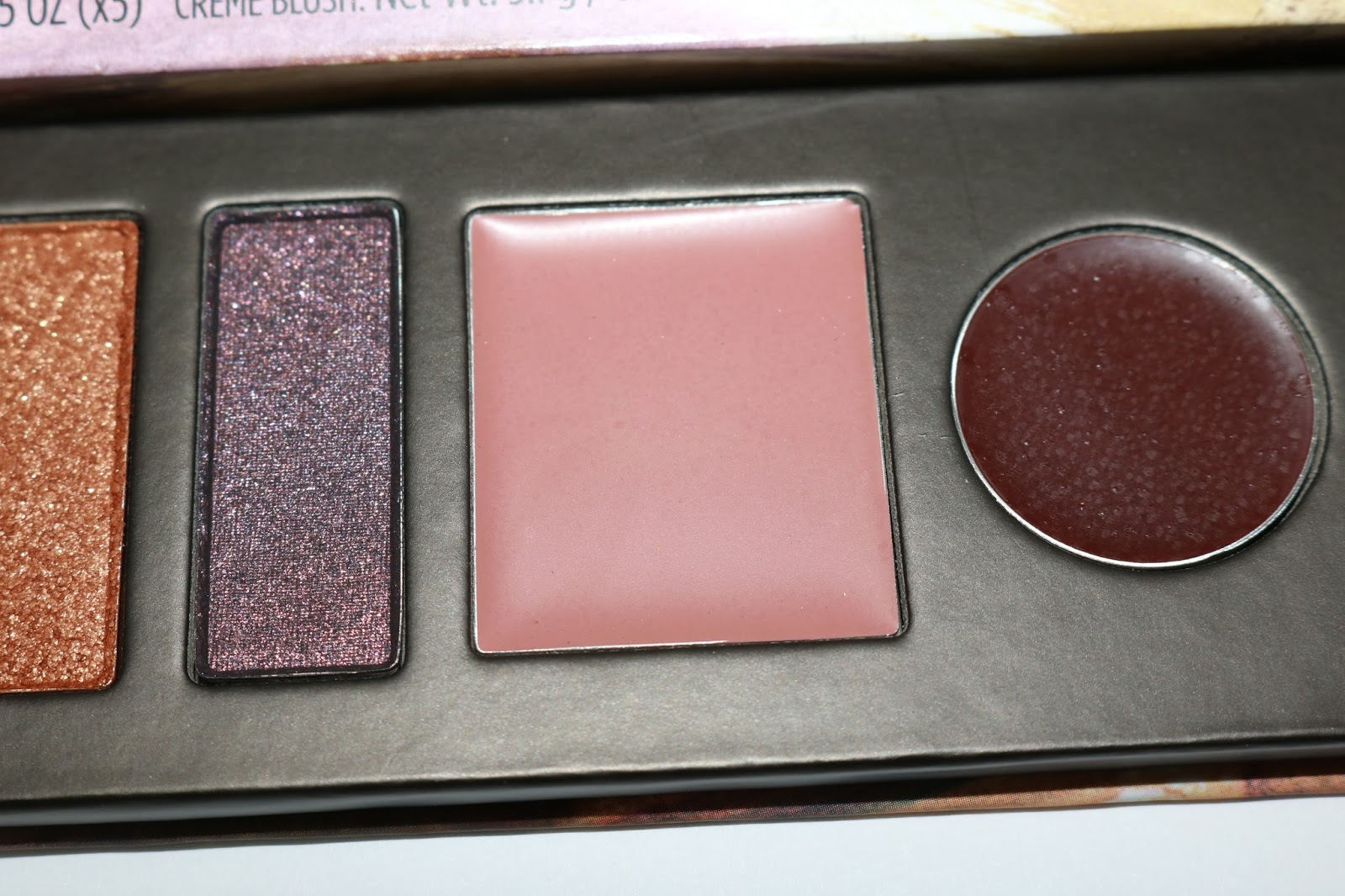 Honest Beauty Falling For You palette
