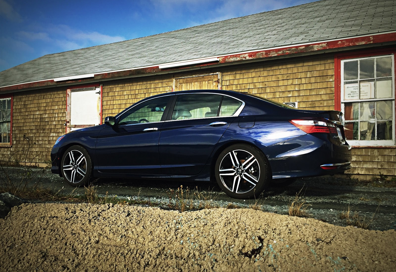 2016 Honda Accord Touring Side