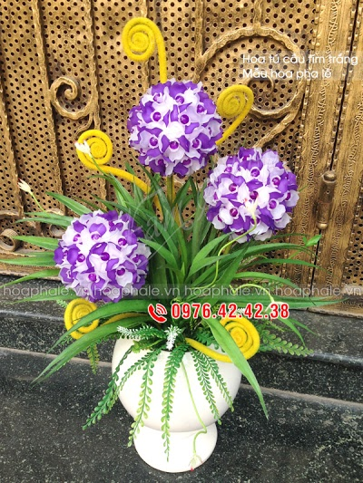 Hoa da pha le o Thanh Nhan