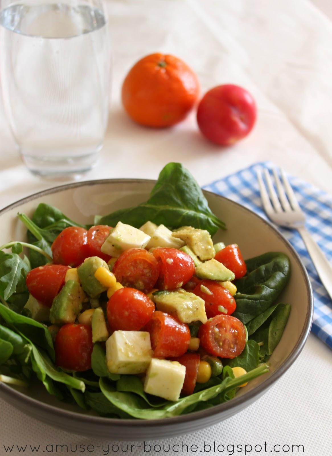18+ Marinated tomato, avocado and mozzarella salad – Easy Cheesy ... Kollektion