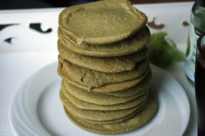 http://be-alice.blogspot.com/2014/11/matcha-pancakes-vegan-gluten-free.html